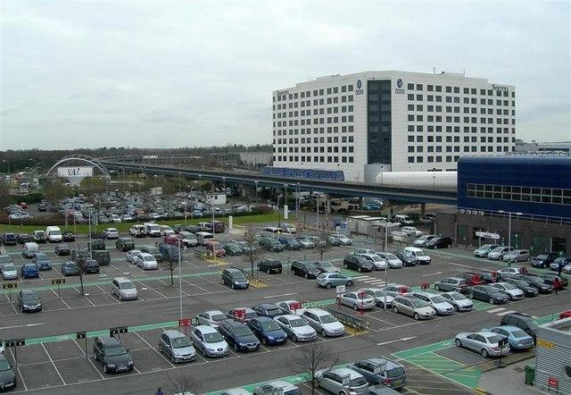 lotnisko balice parking